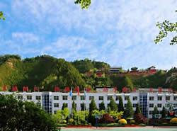 吕梁市卫生学校